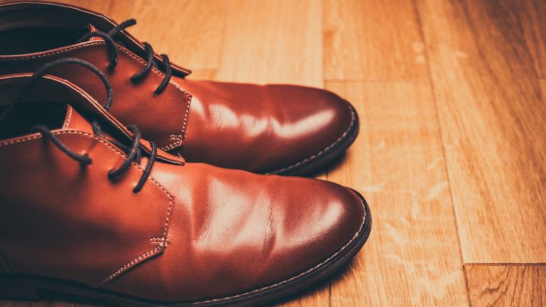 背が高くなる革靴